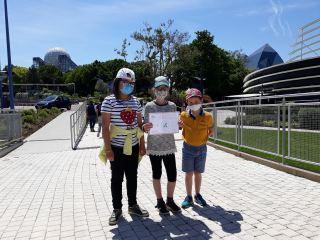 Le label est remis aux éco-délégués dans le parc du Futuroscope.